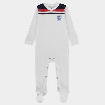 Brecrest England 1982 Sleepsuit Babies